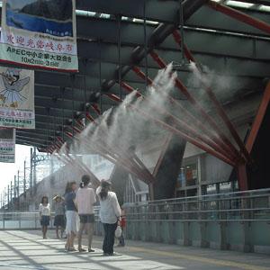 JR岐阜駅北口 杜のミストも始まっています