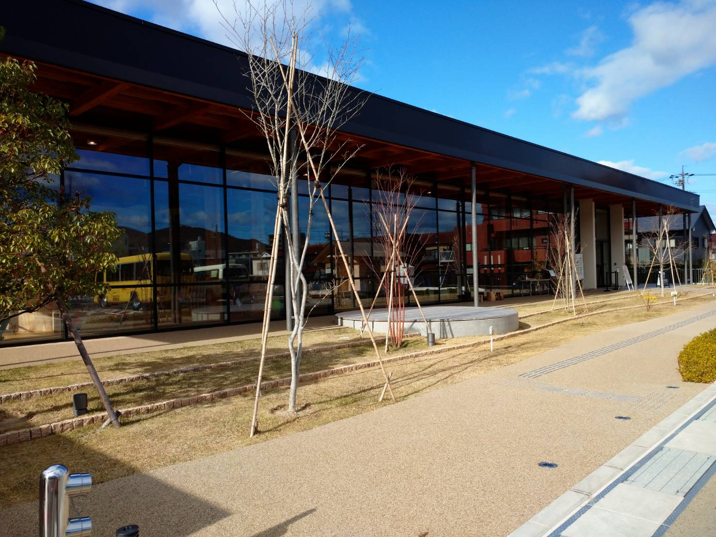 ぎふ木遊館が竣工・開館しています